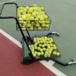 tennis pallonkeräys